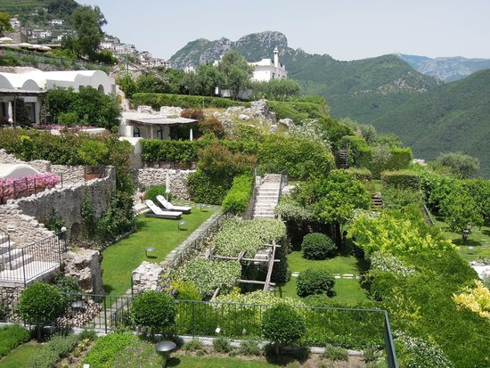 Belmond Hotel Caruso: A view of the Gardens
