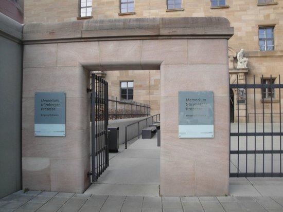 Justizpalast Nürnberg: Entrada do museu