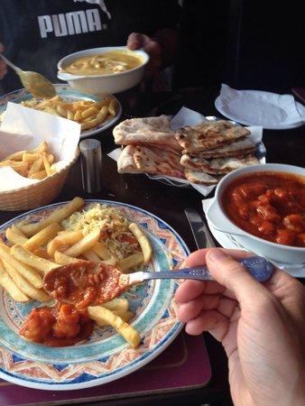 Moghul Indian Restaurant : King prawn vindaloo chips vegetable rice peahwari naan - bang on My mate had a chicken pasanda,