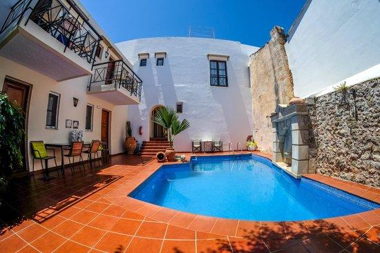 Atsipopoulo, Greece: design pool