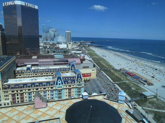 Caesars Atlantic City : my room view toward north