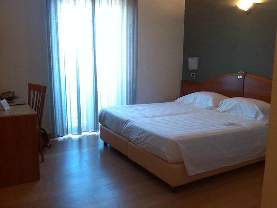 B&B Hotel Duca D'Aosta: camera