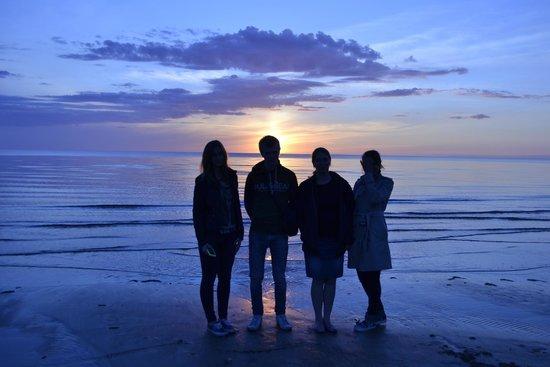 Meresuu Spa and Hotel : На пляже на закате