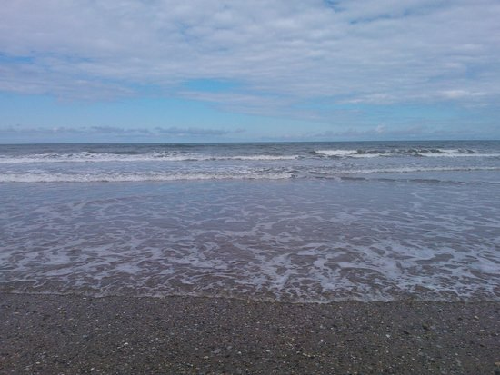 Primrose Valley Holiday Park - Haven : Primrose Valley Beach alittle stoney not good if you like walking along the water