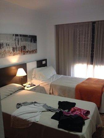 Pio XII Apartments Valencia: bedroom