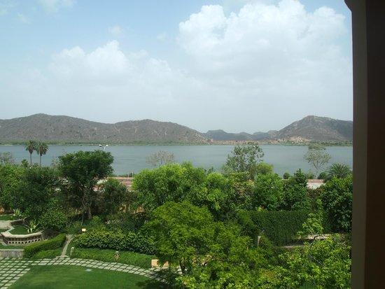 Trident, Jaipur : lake view