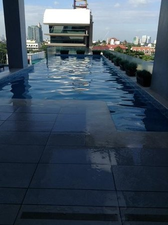 Luxent Hotel : adult pool