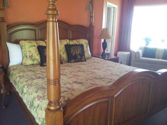 Manoir Le Tricorne: Le lit douillet et confortable
