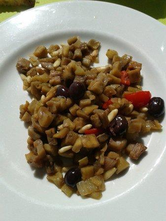 La Locanda del Gusto: Caponata non fritta con olive taggiasche e pinoli
