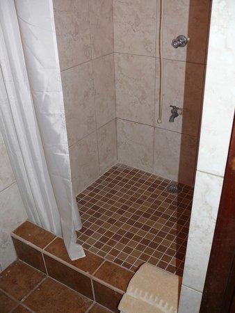 Bella Sombra Guest House: Shower at Bella Sombra