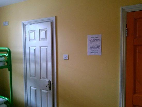 Paddy's Palace : комната