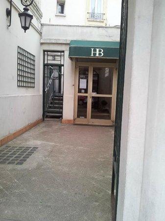 Hotel des Batignolles : Entrée de l'Hôtel