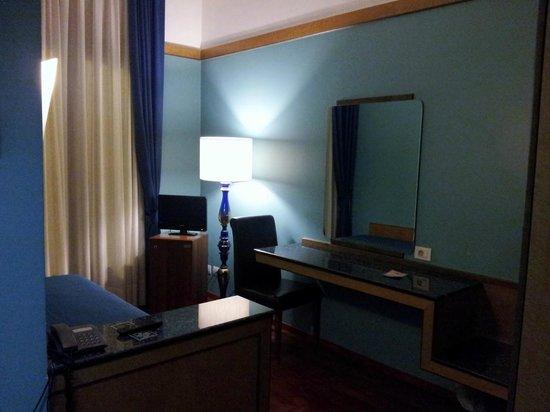 Florida Hotel : room