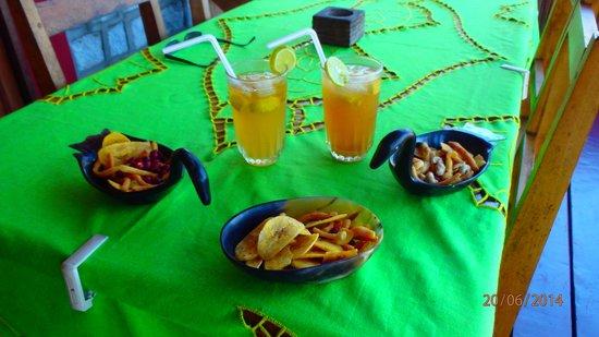 Gîte Guyan: caipirina preparee par Anita