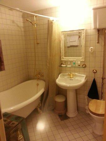 Fretheim Hotel: Banheiro
