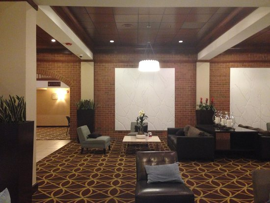 Holiday Inn Hotel & Suites Alexandria - Old Town: Холл