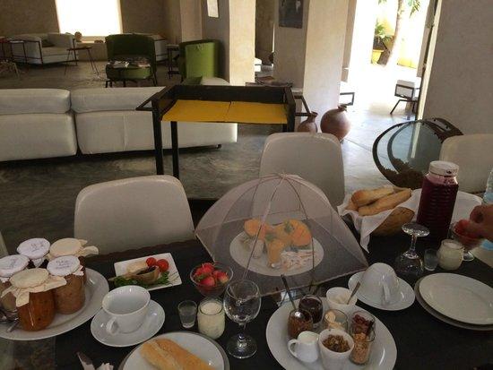 """Maison d'hotes """"Au Fil du Fleuve"""" : Finest Breakfast Experiance"""