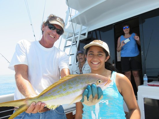 High Stakes Charters: That's a big snapper, little girl!