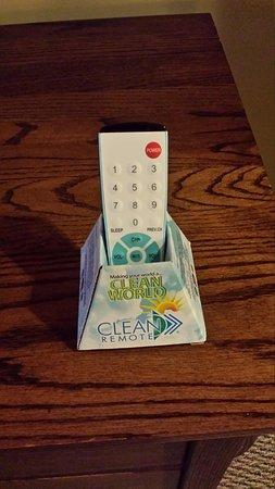 Best Western Plus Sunset Suites-Riverwalk: Clean TV controller