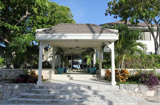 The Meridian Club Turks & Caicos : Meridian Club Entrance
