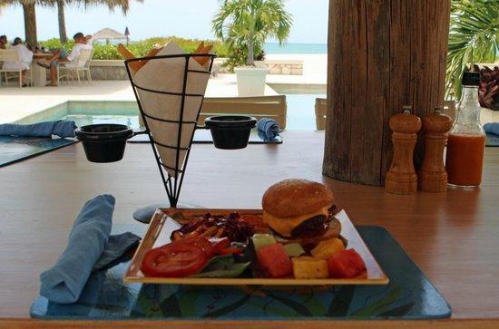 The Meridian Club Turks & Caicos: Sunday Burger Day