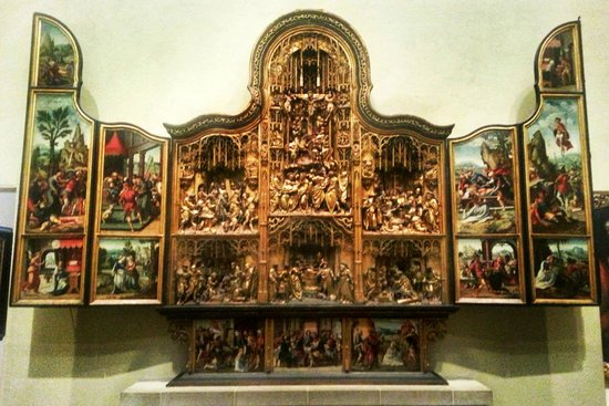 Philadelphia Museum of Art: altar from the chapel of the chateau of Pagny