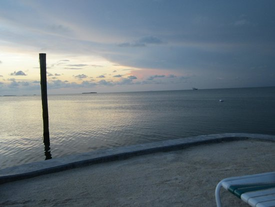 Coral Bay Resort: sunset