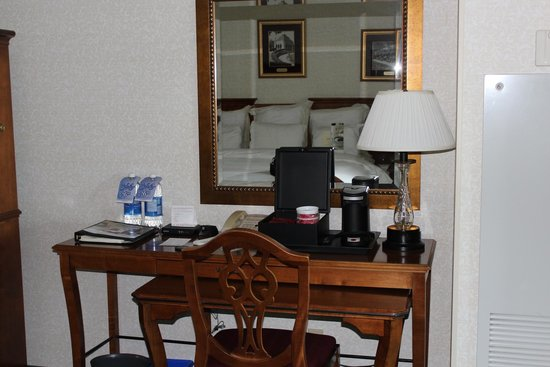 Niagara Falls Marriott Fallsview Hotel & Spa: Room