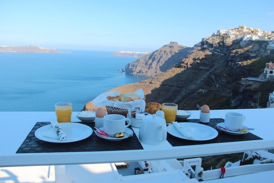 Hotel Thireas : breakfast at the balcony
