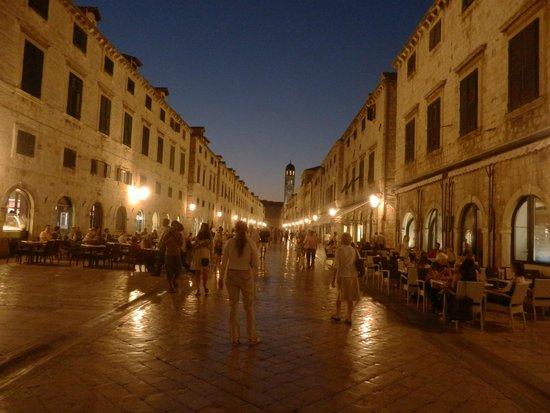 Hilton Imperial Dubrovnik : Beautiful day or night! Dubrovnik