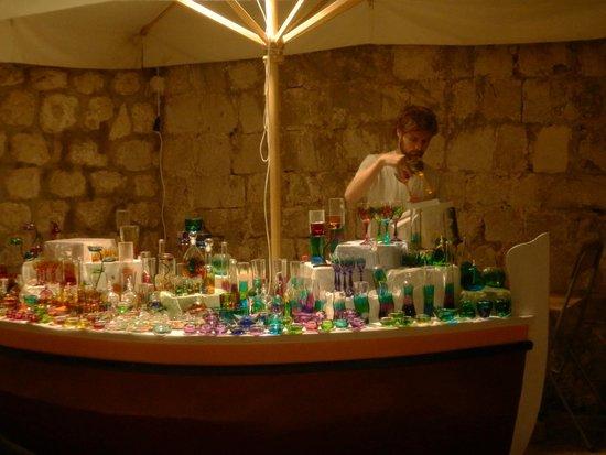 Hilton Imperial Dubrovnik : A vendor inside the walled city of Dubrovnik Croatia