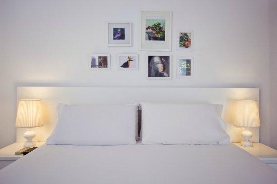 Las Ramblas Passatge Bacardi Apartments : bedroom example