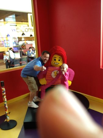 LEGOLAND Discovery Center: Unfortunately you have to provide your own thumb.