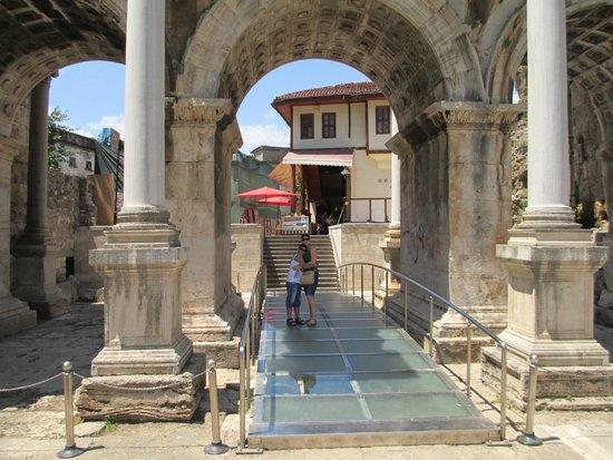 Hadrian's Gate : 2