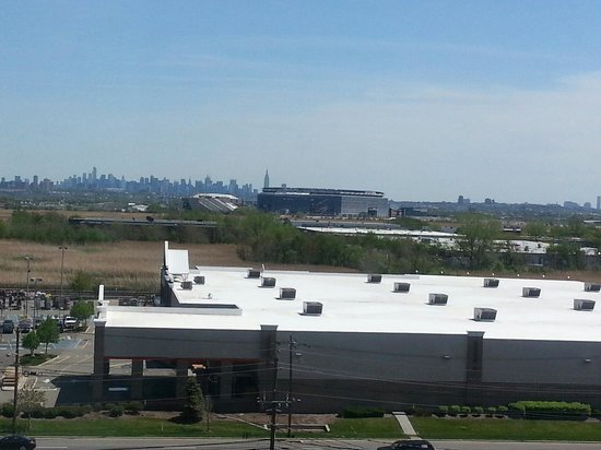 Homewood Suites by Hilton East Rutherford-Meadowlands: View of Manhattan from room