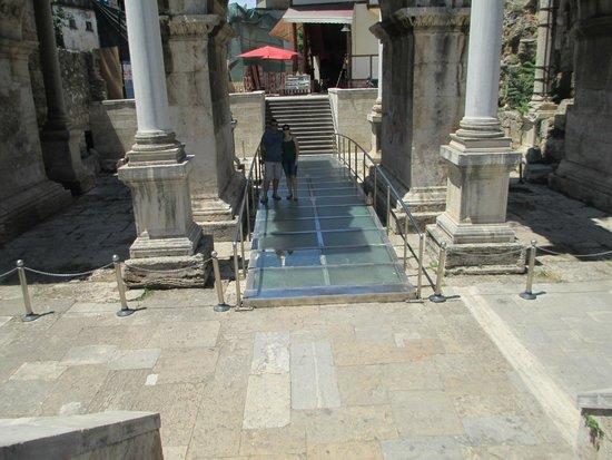 Hadrian's Gate : 1