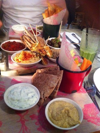 Bill's Leamington Spa: The meze board and green smoothie, so good!