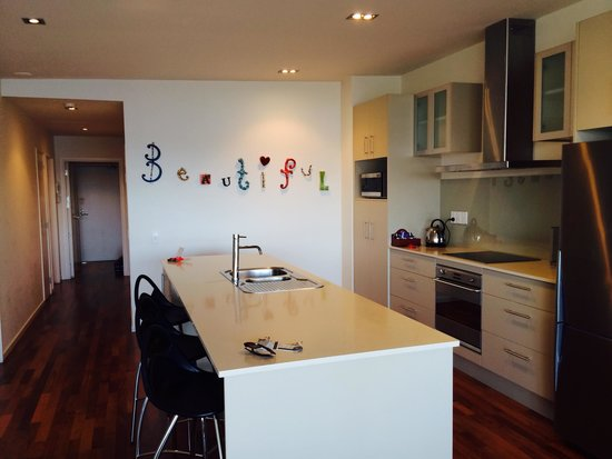 The Waterfront Suites - Heritage Collection: kitchen