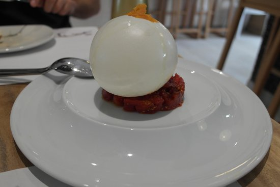 Sa Brisa Gastrobar: the amazing mozzarella balloon