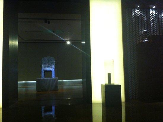 Jade Gallery Boutique Hotel: Art Gallery