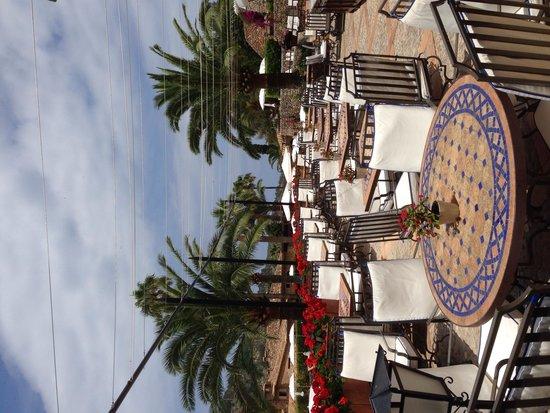 Belmond La Residencia: Breakfast area