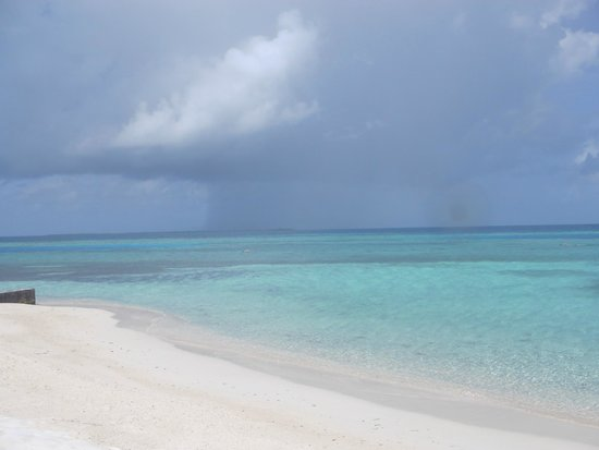 Raggamuffin Tours - Day Tours: Clear water