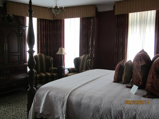 The Blennerhassett Hotel: William Canchellor Suite - 315
