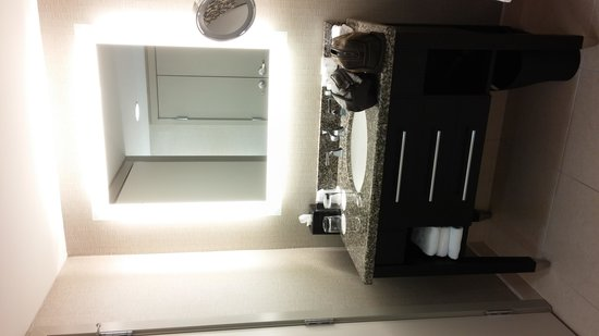 Le Westin Montreal: We loved the amount of space