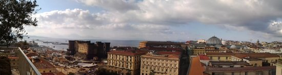 Renaissance Naples Hotel Mediterraneo : View from terrace