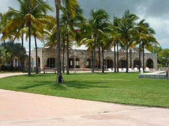 Grand Lucayan, Bahamas : Grounds