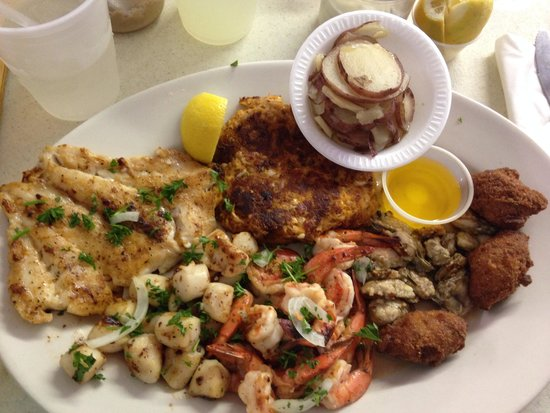 Posey's Steam Room & Oyster Bar: Seafood Platter