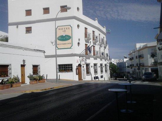 Hotel Blanco y Verde: Fahada del hotel
