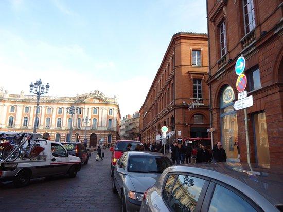 Crowne Plaza Toulouse: Place du Capitole, animação total na localização do Hotel