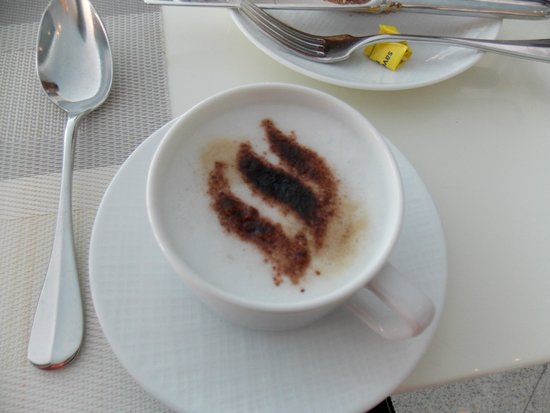 Jumeirah at Etihad Towers : The best cappuccino ever!!